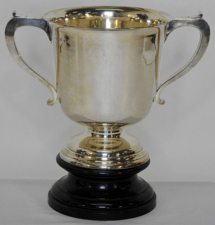 Early 20th Century Sterling Silver 1925 Kentucky Latonia Horse Race Cup For Sale