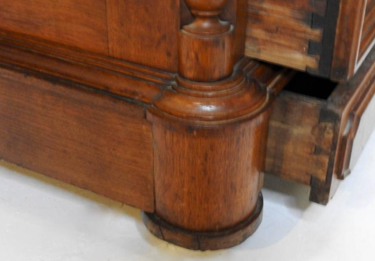 Victorian Gentleman's Dresser with Marble Tops In Good Condition For Sale In Cookeville, TN