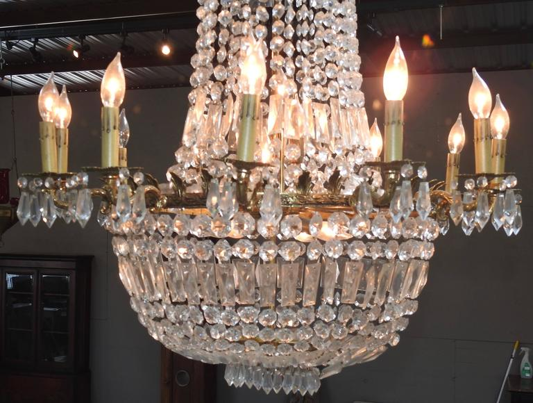 Faceted French Early 20th Century Empire Crystal and Bronze Chandelier For Sale