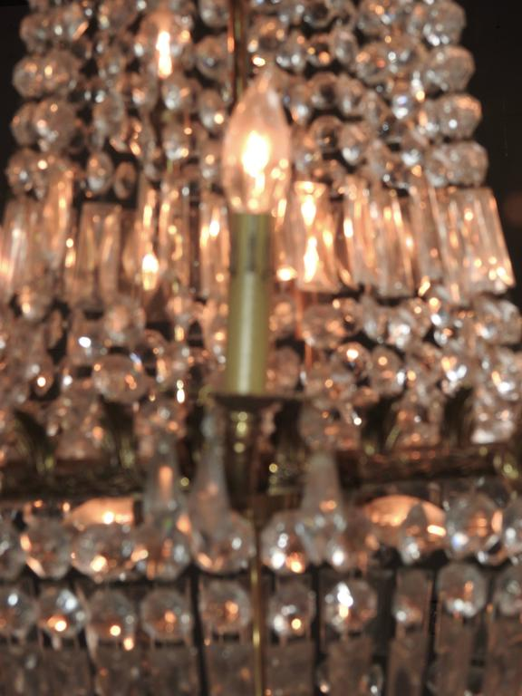 French Early 20th Century Empire Crystal and Bronze Chandelier In Good Condition For Sale In Cookeville, TN