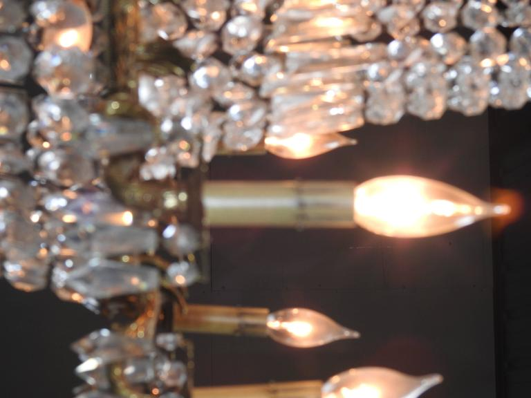 French Early 20th Century Empire Crystal and Bronze Chandelier For Sale 1