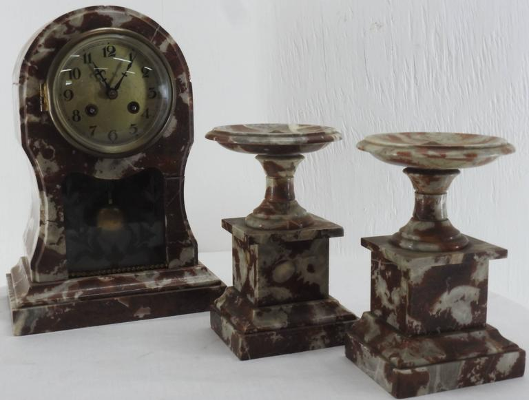 French Art Deco Marble Mantel Clock and Pedestals For Sale 1