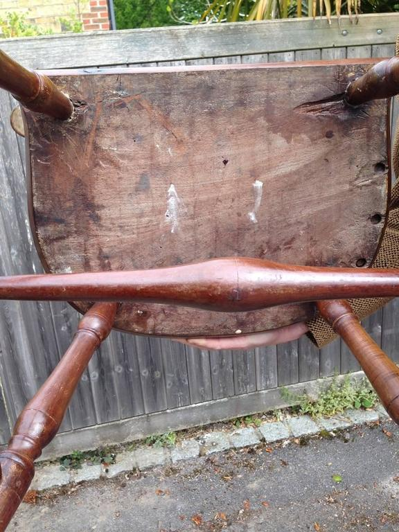 Hardwood Pair of Rare Windsor Jamaican Comb Back Mahogany Chairs, circa 1820s For Sale
