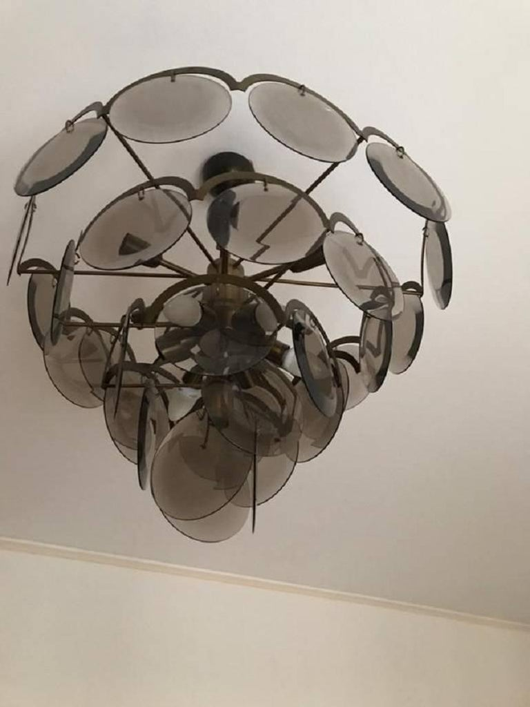 Chandelier at five levels in chromed metal and smoke glass, Italy, 1970s In Good Condition For Sale In Palermo, Italia