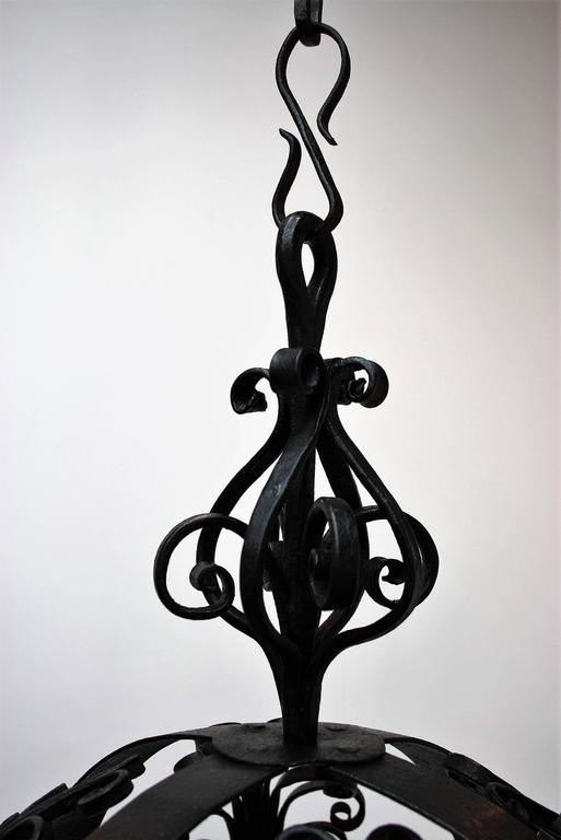 Blackened Early 19th Century Spanish Wrought Iron Chandelier For Sale