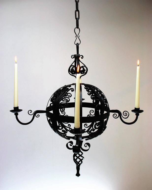 Early 19th Century Spanish Wrought Iron Chandelier For Sale 2