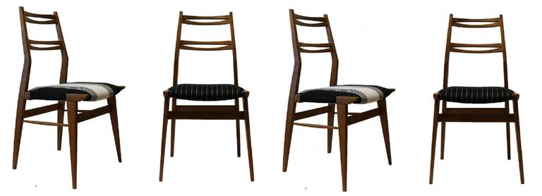 Four Ash Chairs in the Manner of Carlo de Carli 2