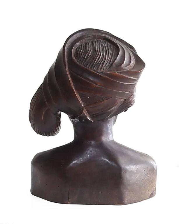 Beautiful Carved Mahogany Bust of Balinese Woman Wearing Headscarf In Good Condition For Sale In Houston, TX