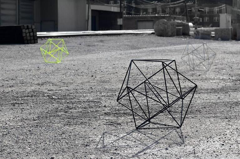 Minimalist ROVER - Powder-Coated Steel Minimal Geometric Sculptural Table Object For Sale