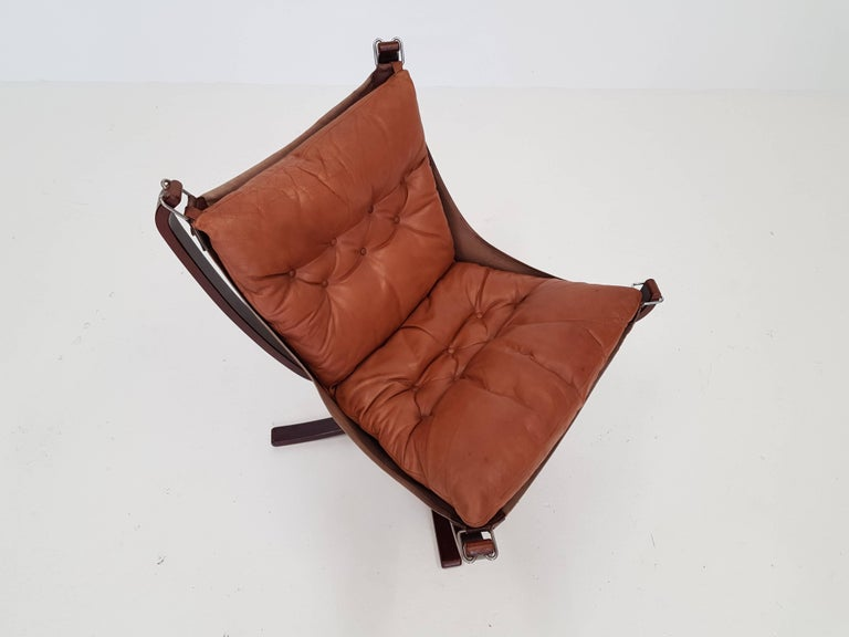 Vintage Low-Backed X-Framed Sigurd Ressell Designed Falcon Chair, 1970s For Sale 3