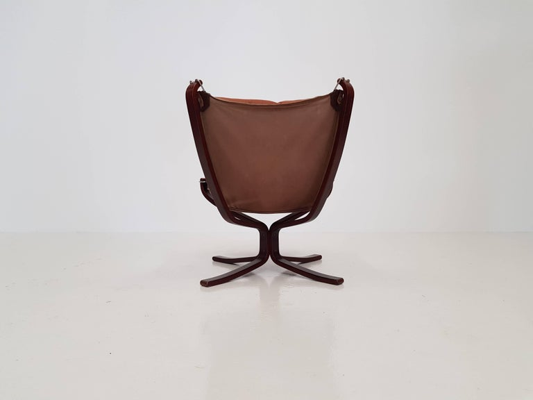 Leather Vintage Low-Backed X-Framed Sigurd Ressell Designed Falcon Chair, 1970s For Sale