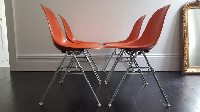 Mid-Century Modern Original Set of Four Charles & Ray Eames DSS Herman Miller Chairs For Sale