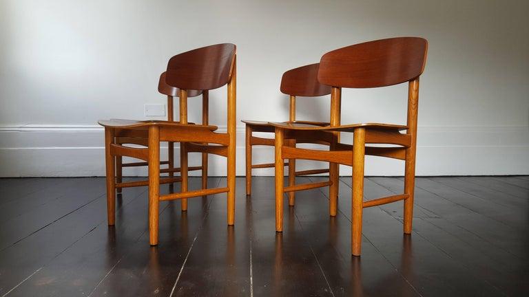Mid-Century Modern Model 122 Teak and Oak Dining Chairs by Børge Mogensen for Søborg, 1960s