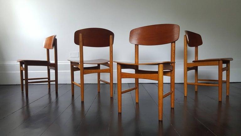 Model 122 teak and oak dining chairs by Børge Mogensen for søborg, 1960s, set of four.