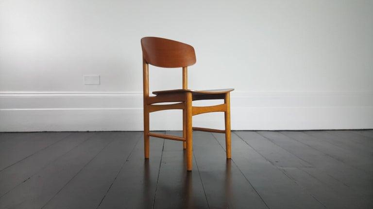 Model 122 Teak and Oak Dining Chairs by Børge Mogensen for Søborg, 1960s 2