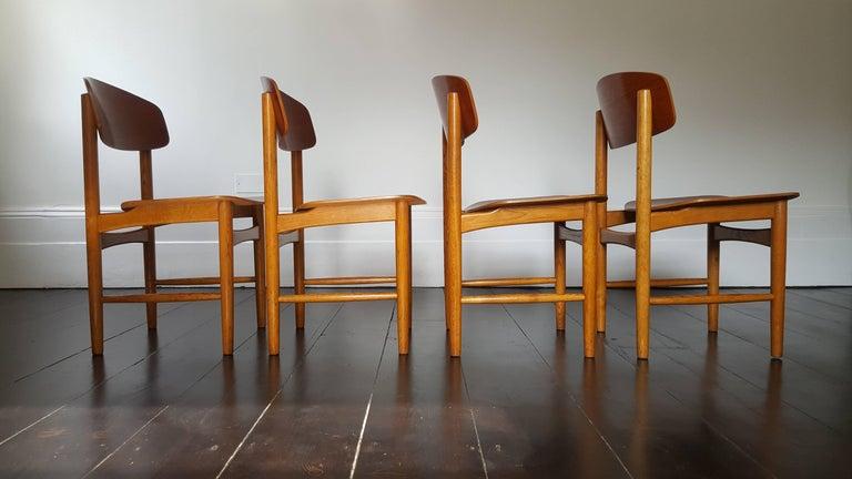 Model 122 Teak and Oak Dining Chairs by Børge Mogensen for Søborg, 1960s 4