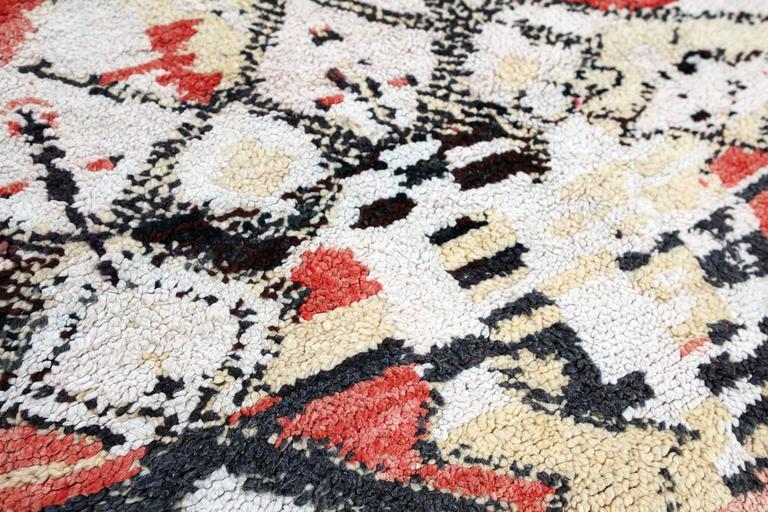 Tribal Vintage Moroccan Berber tapestry / rug For Sale