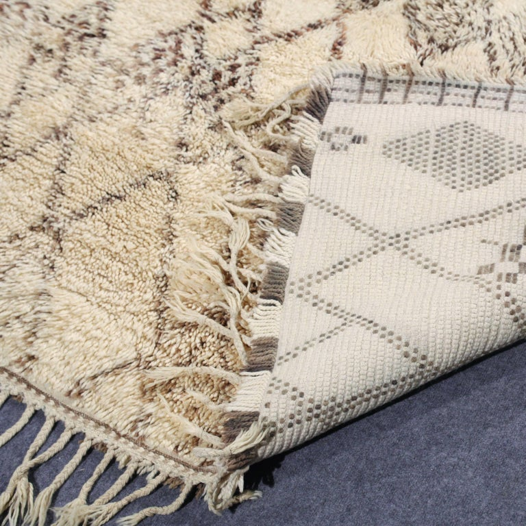 Vintage Moroccan Berber Rug For Sale 3