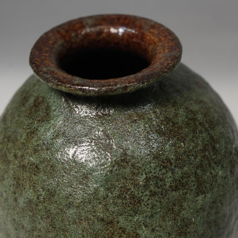 Sand encrusted ceramic vase from Dries Vermeulen, Art Deco vase, circa 1936.
