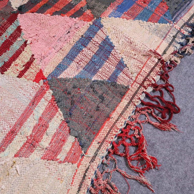 Vintage Moroccan Flat-Weave Boucheroite Rug For Sale 1