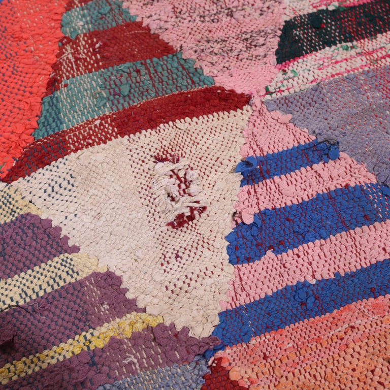 20th Century Vintage Moroccan Flat-Weave Boucheroite Rug For Sale