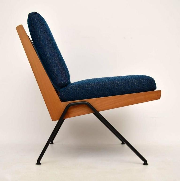 Pair Of Retro Chevron Chairs By Robin Day For Hille Vintage, 1950s 3