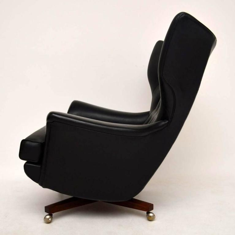 English Retro Swivel Rocking Armchair By G Plan Vintage, 1960s For Sale