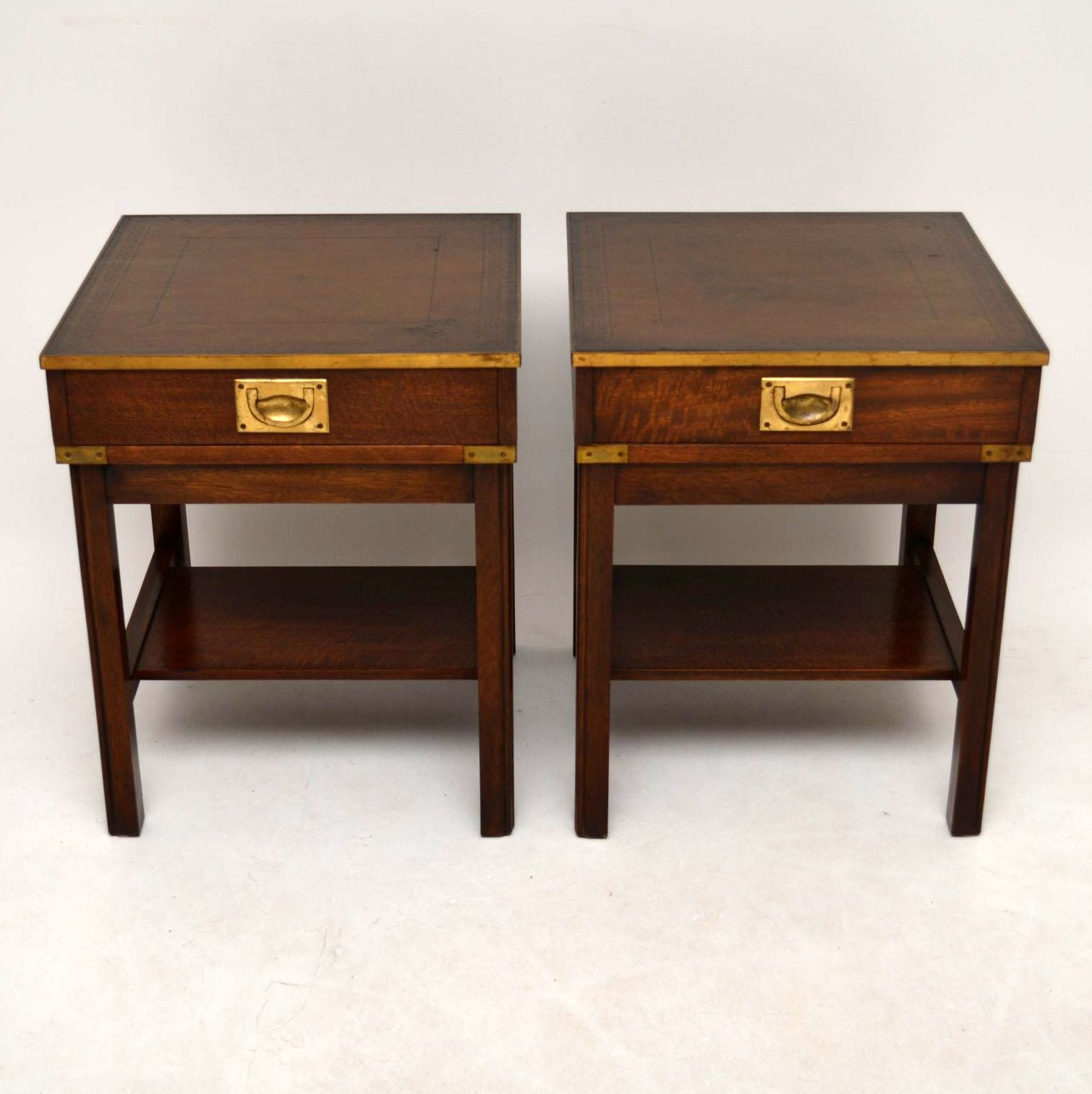 Ordinaire Pair Of Antique Campaign Style Mahogany Side Tables At 1stdibs
