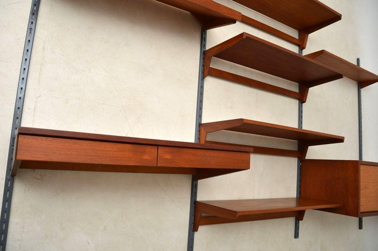 1960s Vintage Danish Wall Unit / Bookcase / Desk by Kai Kristiansen In Excellent Condition For Sale In London, GB