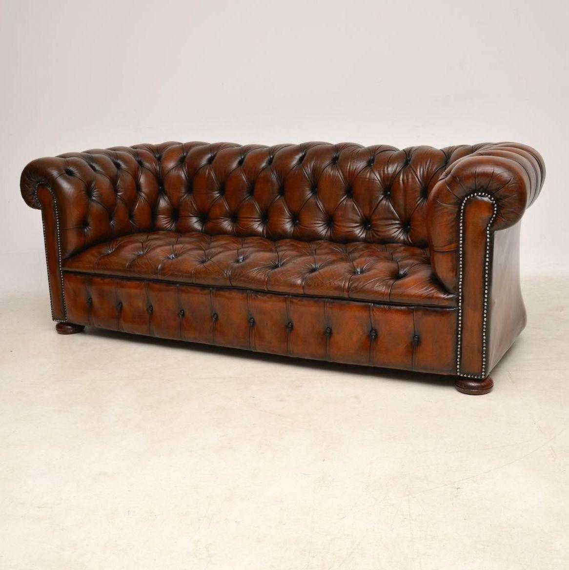 Delicieux Edwardian Antique Deep Buttoned Leather Chesterfield Sofa For Sale