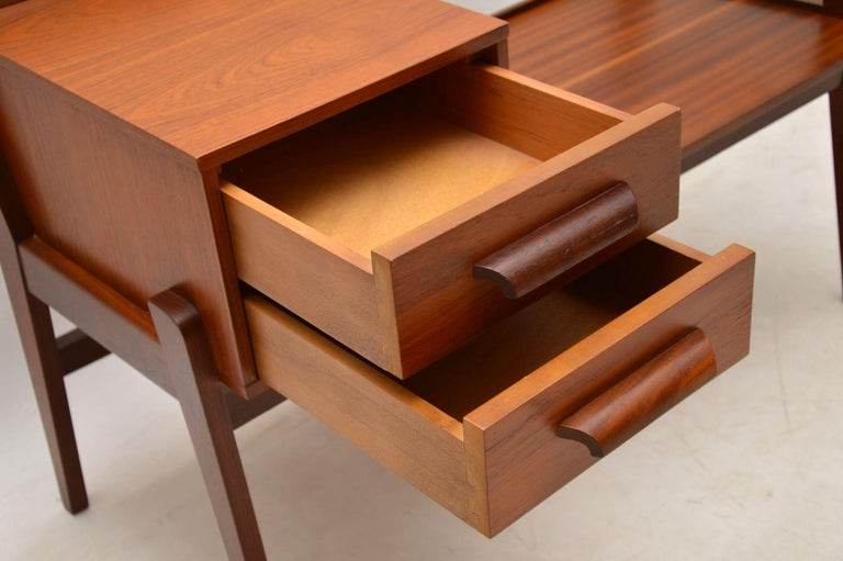 1960s Vintage Teak Entry Bench Telephone Table For 4