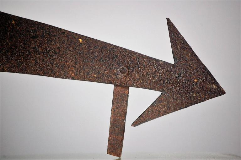 Early 19th Century Sheet Metal Directional Arrow For Sale 1