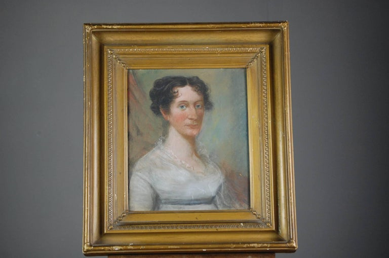 Collection of Three Early 19th Century Naive Family Pastel Portraits In Good Condition For Sale In Pease pottage, West Sussex