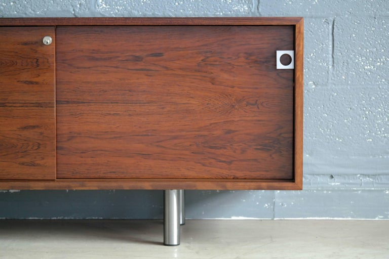 Danish 1960s Low Credenza in Rosewood by Bodil Kjaer for E. Pedersen and Son In Good Condition For Sale In Bridgeport, CT