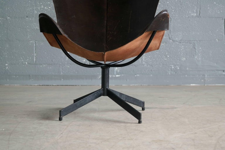 1960s Butterfly Sling Chair and Ottoman in Saddle Leather by William Katavolos For Sale 1