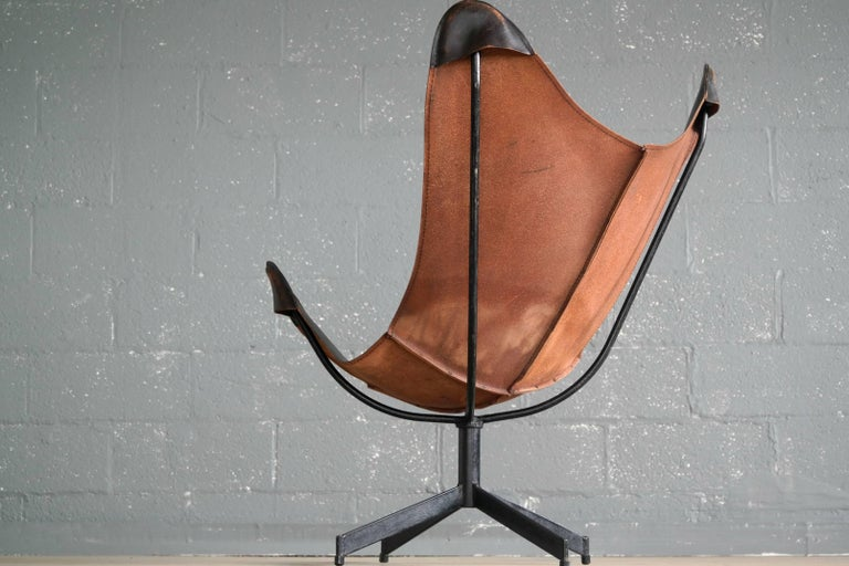 1960s Butterfly Sling Chair and Ottoman in Saddle Leather by William Katavolos For Sale 3