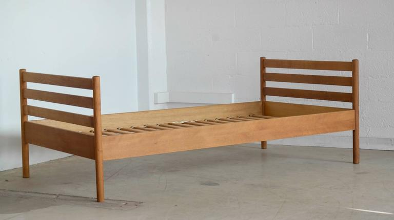 Sought After 1960s Guest Bed In Solid Oak Designed By Hans Wegner For Ry Mobler