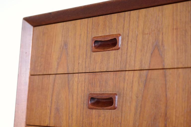 Omann Jun Mid Century Low Sideboard or Credenza in Teak  In Good Condition For Sale In Bridgeport, CT