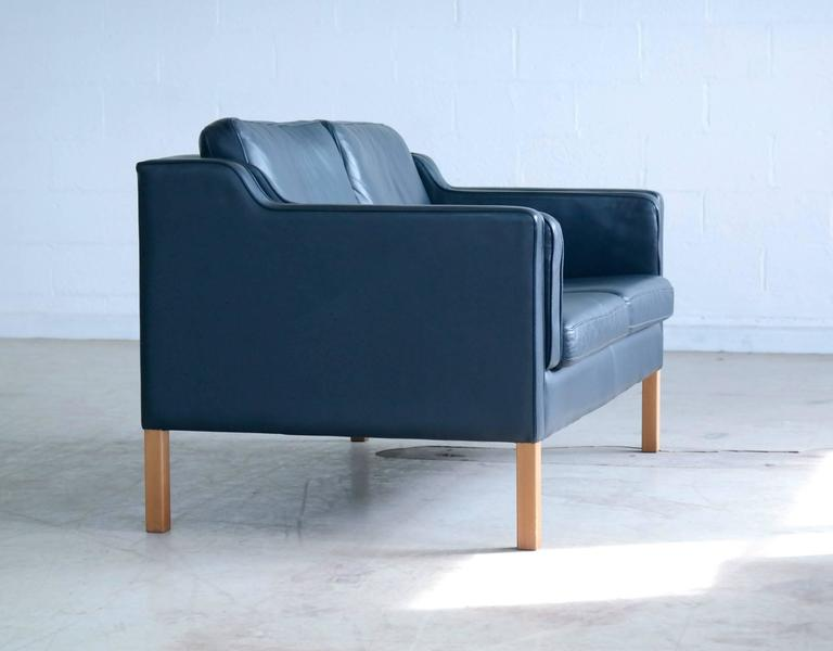 Mid-Century Modern Børge Mogensen Model 2212 Style Two-Seat Sofa in Dark Sapphire Leather by Stouby For Sale