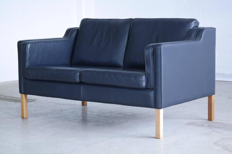Danish Børge Mogensen Model 2212 Style Two-Seat Sofa in Dark Sapphire Leather by Stouby For Sale