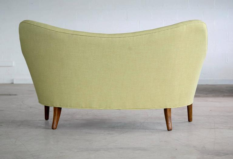 Finn Juhl Attributed Loveseat Model 185 by Slagelse Mobelvaerk For Sale 1