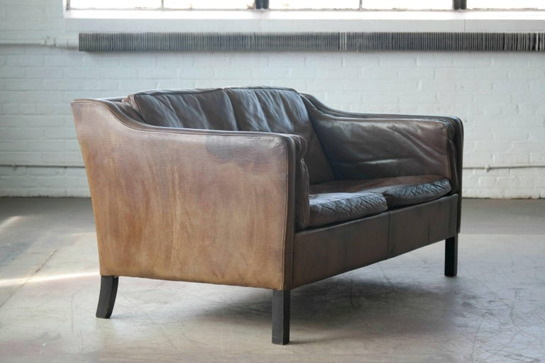 Mid-20th Century Borge Mogensen Style Two-Seat Sofa in Patinated Buffalo Leather by Mogens Hansen For Sale
