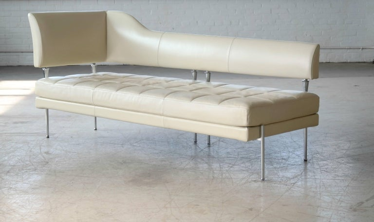 Modern Luca Scacchetti Chaise Longue Model Hydra for Poltrona Frau, Italy For Sale