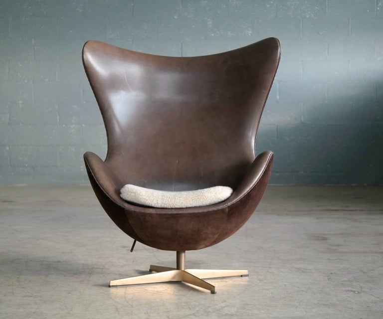 Arne Jacobsen The Golden Egg Chair Special Anniversary Edition By
