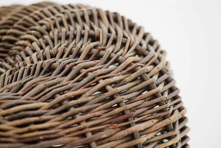 Crafted basket by Joe Hogan, Irland, 2009 For Sale 1