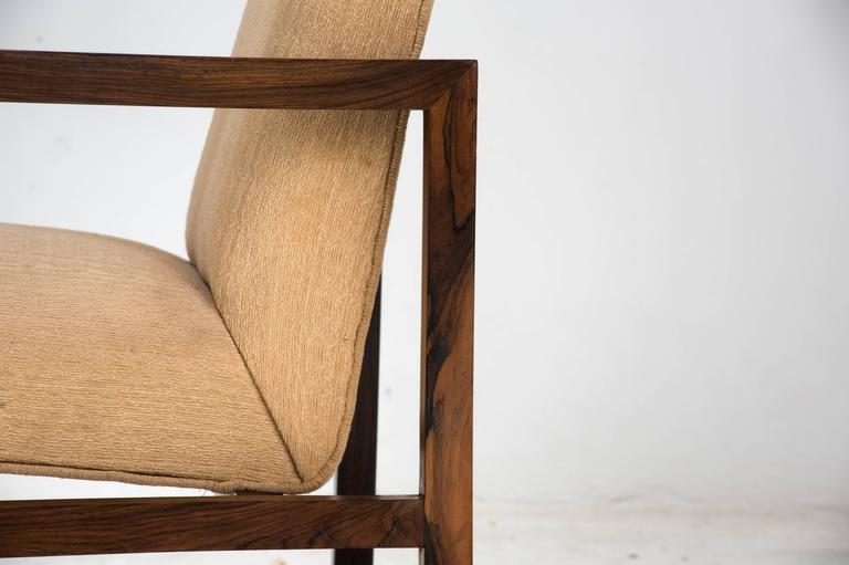 Brazilian Branco e Preto Pair of Armchairs Manufactured by Mahlmeister & Cia, Brazil, 1950 For Sale