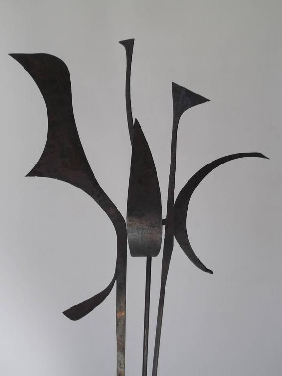 Mid-Century Modern Signed 1963 Jay J. McVicker Abstract Modernist Tall Welded Steel Sculpture For Sale