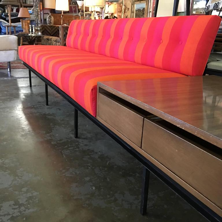This Is A Vintage 1950s Original Florence Knoll Sofa. It Is An Early Design  For