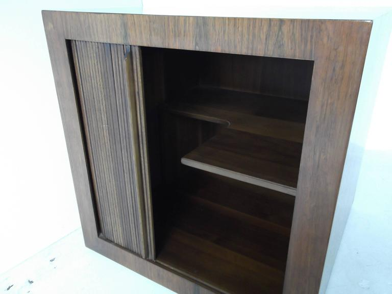 20th Century Manner of Harvey Probber Rosewood Cube Rolling Bar Cart Cabinet For Sale
