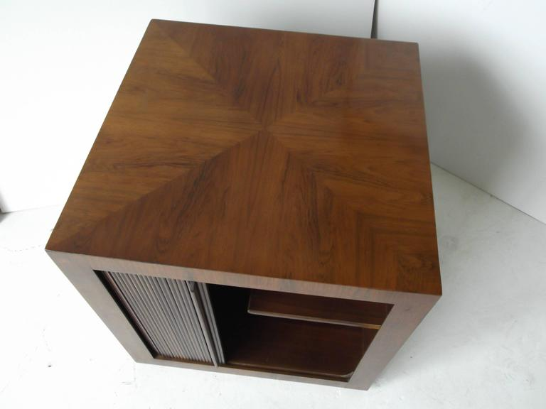 Manner of Harvey Probber Rosewood Cube Rolling Bar Cart Cabinet 8